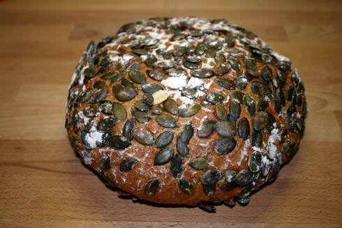 Kürbiskern-Quark-Brot