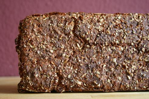 70%-Roggenbrot mit Roggenbrühstück nach Jeffrey Hamelman