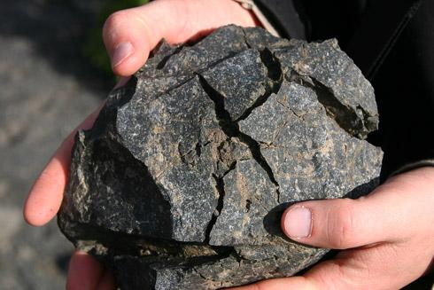 Brotkrustenbombe von der Insel Vulcano, die Teil der Äolischen Inseln nördlich von Sizilien ist.