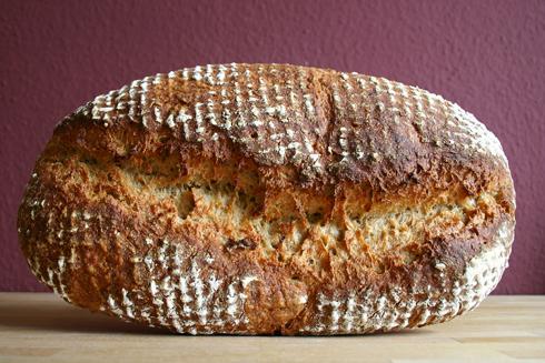 Haferflocken-Grieß-Brot