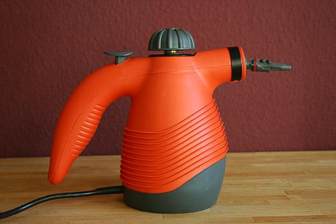 Dampfdruckreiniger - nicht zum Reinigen, sondern zum Beschwaden des Ofens mit heißem Dampf. Gut für den Ofentrieb.