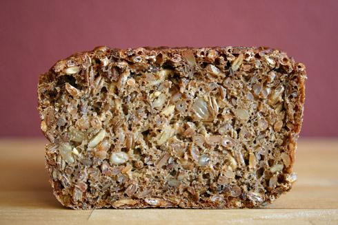Eine Krume mit extremen Kornanteil: der König nach Bäcker Süpke