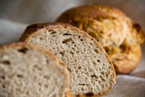 Kleinporige, herzhaft-milde Krume im St. Gallerbrot. Lecker mit Butter, Käse oder Wurst.