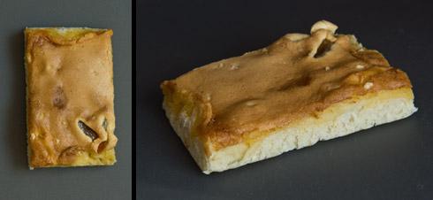 Von einem Freiberger Bäcker erstandene Freiberger Eierschecke: eine Variante mit relativ dickem Hefeteig und dünner Scheckenmasse.