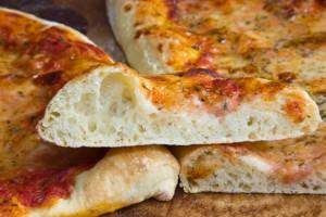 Pizzateig mit Biga und Hartweizen