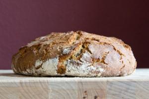 Aus alt mach neu: Roggen-Sahne-Brot