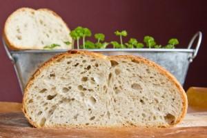 Mittelporige Krume, mild-herb im Geschmack: Weißbierbrot