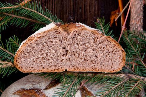 Nach Weihnachten duftendes Brot, das ich etwas zu früh angeschnitten habe...