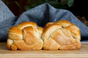 Gewunden und verschlungen: das Croissant-Brot