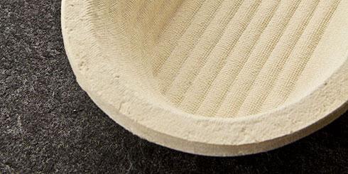 Ob rund oder lang, ein Gärkorb ist die beste Möglichkeit, seinen geformten Brotteigen die nötige Ruhe zu gönnen. Diese Körbe aus Holzschliff sind nicht nur für den Teig am besten, sondern auch noch die ökologisch sinnvollste Variante.