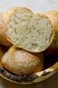 Fluffige Krume, knusprige Kruste: Wiener Laberln (auf Polisch)