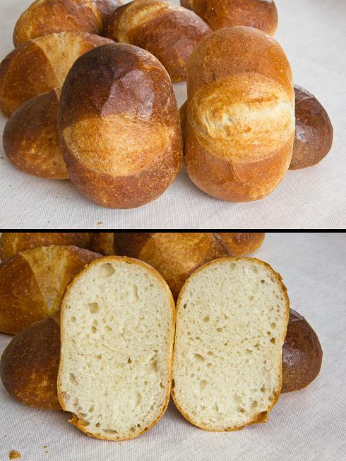 Links das Hamburger Rundstück mit Vorteig und rechts nach dem traditionellen Rezept aus den 1930er Jahren.