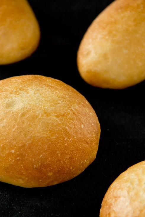 Leserwunsch: Hamburgerbrötchen / Hotdogbrötchen nach Michel Suas