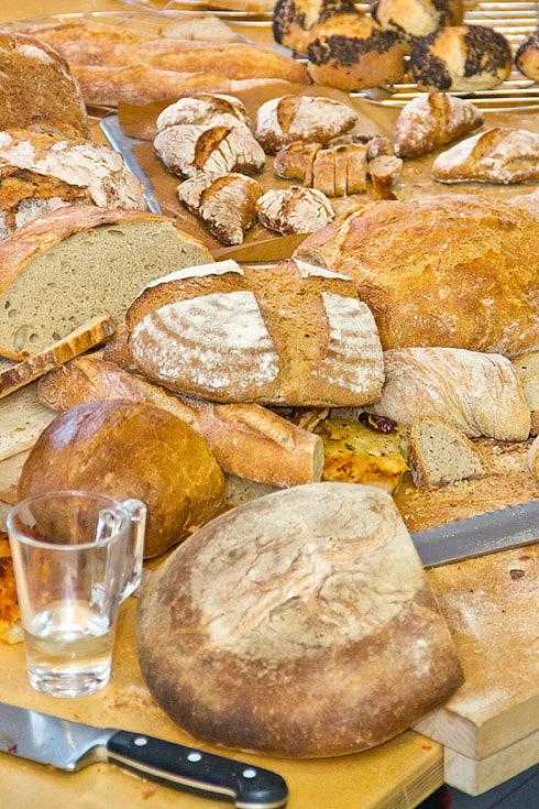 Die Ausbeute am Ende des Brotbackkurses: mehr als 20 Brote