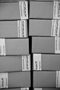 Bei mehr als einer Buchbestellungen mussten größere Kartons ran.