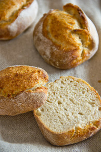 Kleinporig und sehr locker: Kartoffel-Dinkelbrötchen