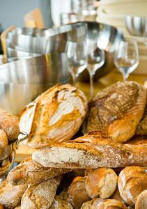 Und vieles mehr - u.a. eine kulinarisch vielfältige Verpflegung zum Brot.