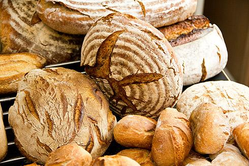 Im Kurs wird sich einmal durch alle Brot- und Kleingebäcktypen gebacken.