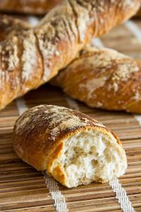 ...und lockeres Brot aus Pizzateig.