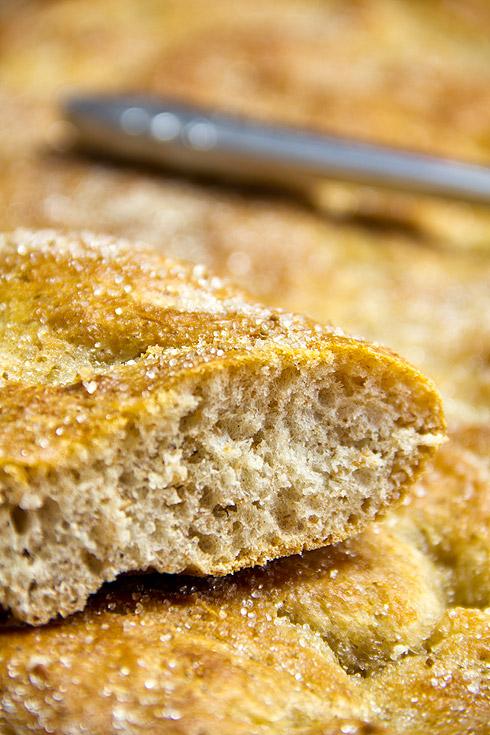 Locker, locker, locker und mit Biss: Zuckerkuchen