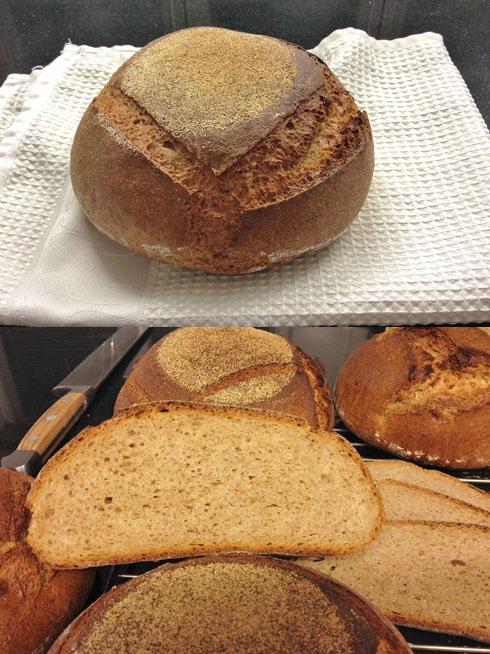 100% Bio Ur-Dinkel Brot von Laurent Lacour. Mit Urdinkel.