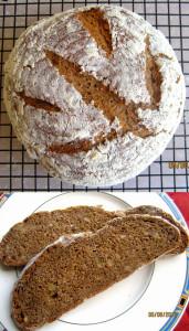 Einkorn-Walnuss-Joghurt-Brot von Karin Anderson.