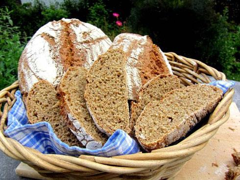 Louisa-Brot von Boulangeriechen. Mit Roggen, Dinkel, Einkorn und Kamut.
