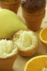 Locker, langfaserig, hoch aromatisch mit einem Schuss Orange und Zitrone: Dinkelbrioche