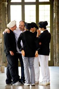 Lafer im Gespräch mit einem Dresdener Bäcker-Team.