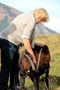 Ein Teil der Gruppe machte sich mit Roswitha eines Nachmittages auf die Suche nach den entflohenen Ziegen. Grund: Der Wintereinbruch drohte.