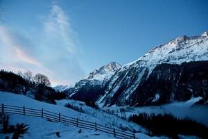 Morgendämmerung in den Bergen - Balkonblick