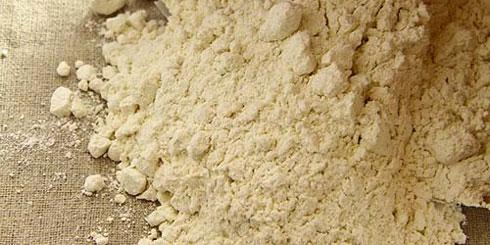 Französisches Baguette-Mehl T65 in Bioqualität, ohne Einsatz technischer Enzyme und Malze.