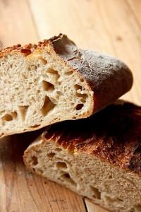 Wilde Porung, kräftig-säuerlicher Geschmack: Weizensauerteigbrot nach Malin Elmlid