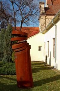 Kunst am Objekt: Ein Stahl-Trdelník.