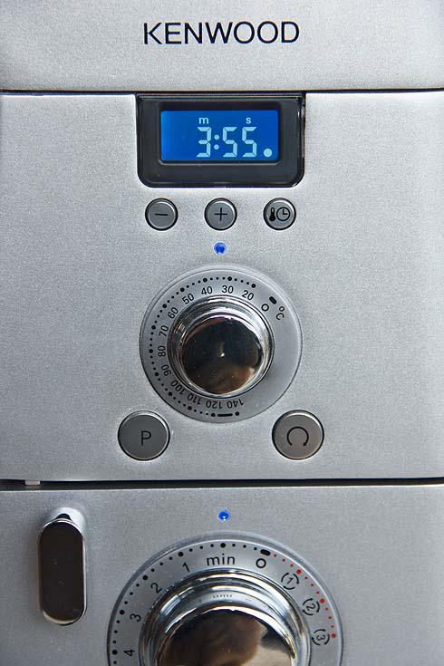 Der Teig wird über die Heizfunktion der Cooking Chef auf ca. 26°C temperiert (Einstellung dafür liegt ca. 6-8°C darüber).