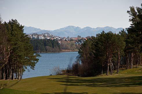 Berge und Wasser bei Stavanger.