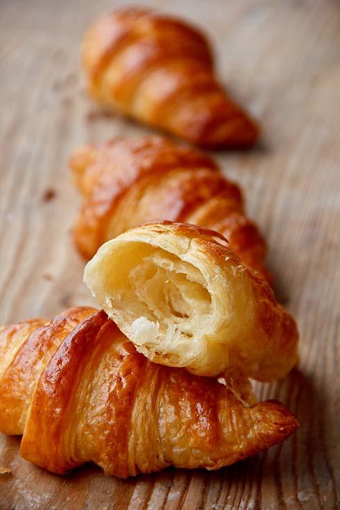 Blätterig, zum Niederknien: Alm-Croissants