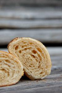 Leichte Säure gepaart mit milder Süße: Sauerteig-Croissant