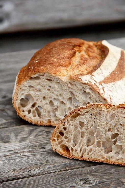 Ich liebe diese Krumenstruktur: Rustikales Weizenmischbrot