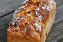 Käse-Speck-Oliven-Brot