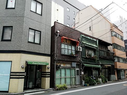 Altbestand in einer sehr schnell wachsenden und sich wandelnden Stadt: Tokio